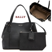 BALLY Leather Elegant Style Shoulder Bags ce8cd3cc56748