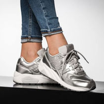 New Balance 580 Low-Top Sneakers