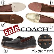 Coach Round Toe Plain Loafer Pumps & Mules