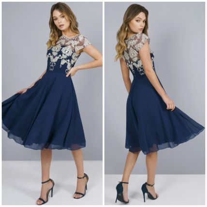 A-line Chiffon Boat Neck Medium Short Sleeves Dresses