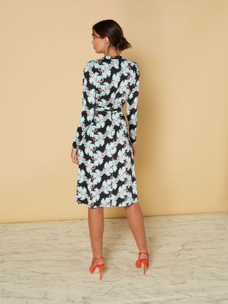... Issa London Dresses Flower Patterns V-Neck Long Sleeves Medium Dresses  2 ... 5b7589ddd4e