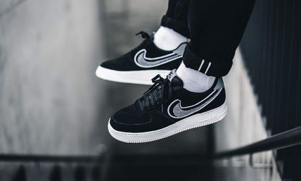 ... Nike Sneakers AIR FORCE 1  07 LV8