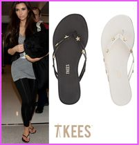 TKEES Casual Style Street Style Leather Flip Flops Flat Sandals