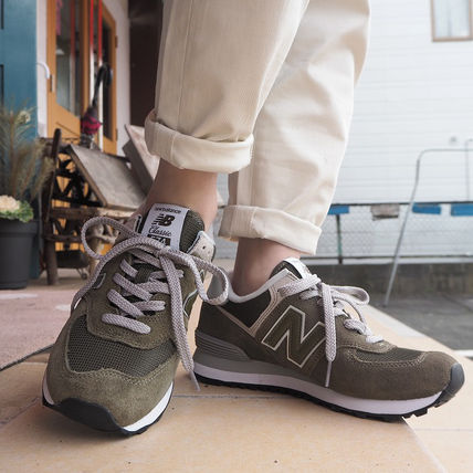 100% authentic cb373 cc3fc New Balance Street Style Sneakers