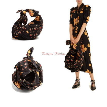 Flower Patterns Elegant Style Shoulder Bags