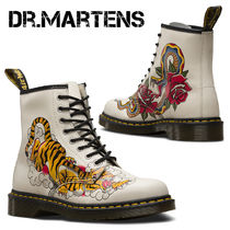 Dr Martens Plain Toe Lace-up Casual Style Leather Lace-up Boots