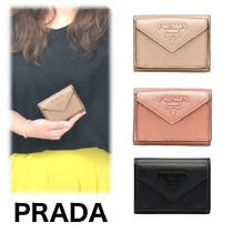 PRADA SAFFIANO LUX Calfskin Plain Folding Wallets
