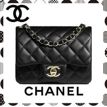 CHANEL Lambskin Chain Plain Elegant Style Crossbody Handbags