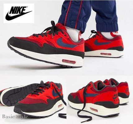 huge selection of 95281 33f50 Plain Toe Unisex Sneakers  AIR MAX 1