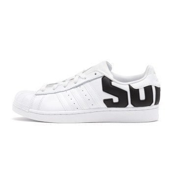 wholesale dealer bc821 a68e1 adidas SUPERSTAR 2018 SS Unisex Street Style Sneakers (B37978)