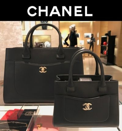 e8b6ef489d99 ... CHANEL Totes CHANEL NEO EXECUTIVE TOTE GRAINED CALFSKIN, ...