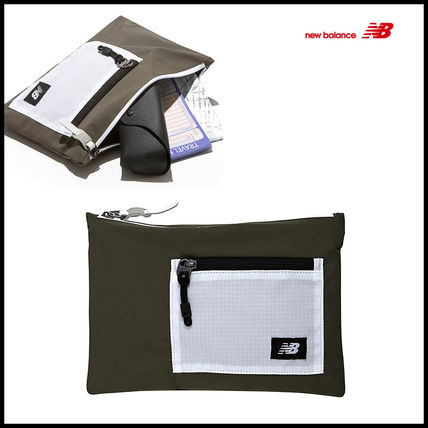 Unisex Nylon Plain Pouches & Cosmetic Bags