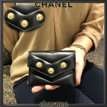 CHANEL ICON Unisex Lambskin Blended Fabrics Plain Card Holders