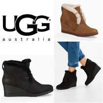 UGG Australia Round Toe Suede Plain Wedge Boots