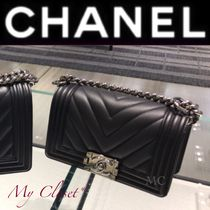 CHANEL BOY CHANEL Stripes Street Style 2WAY Chain Plain Leather Elegant Style