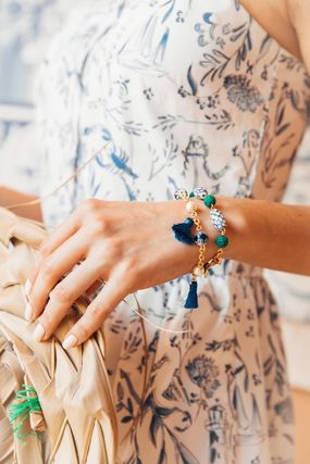 Costume Jewelry Party Style With Jewels Bracelets