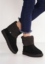 UGG Australia Round Toe Rubber Sole Casual Style Suede Plain