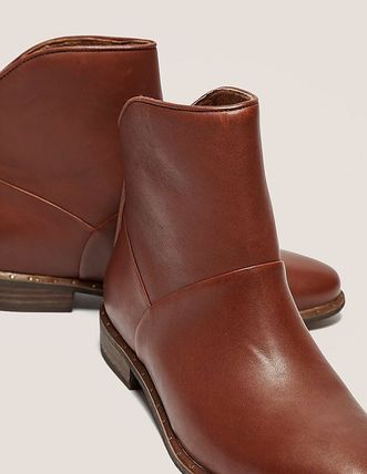 UGG Australia Ankle & Booties Casual Style Street Style Plain Leather Block Heels 7