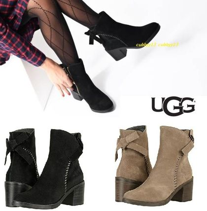 UGG Australia Ankle & Booties Round Toe Casual Style Suede Street Style Plain Block Heels
