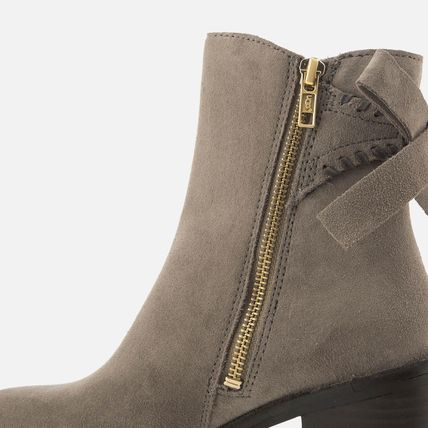 UGG Australia Ankle & Booties Round Toe Casual Style Suede Street Style Plain Block Heels 15