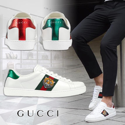 ... GUCCI Sneakers Street Style Other Animal Patterns Leather Sneakers ...