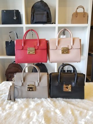 Casual Style Street Style Leather Shoulder Bags
