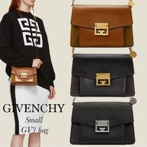 GIVENCHY GIVENCHY Shoulder Bags