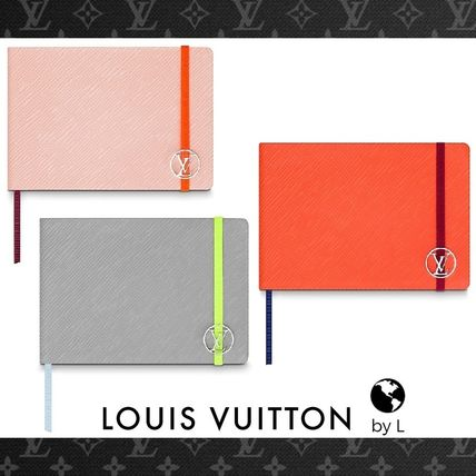 Louis Vuitton Stationary Plain Leather Stationary