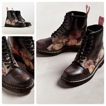 Dr Martens Flower Patterns Engineer Boots