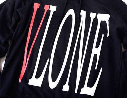 VLONE Hoodies Pullovers Unisex Street Style Long Sleeves Hoodies 11
