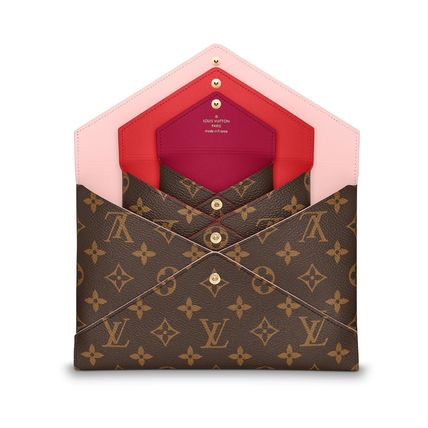 Louis Vuitton More Maternity 3