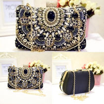 Chain Party Style Clutches