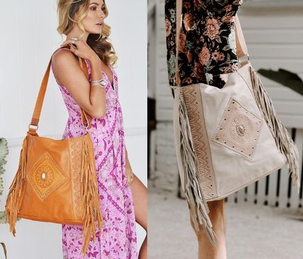 Casual Style Unisex Studded A4 Leather Fringes Crossbody