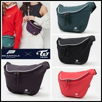 BEAN POLE Shoulder Bags