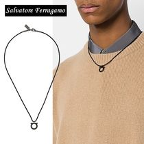 Salvatore Ferragamo Unisex Plain Necklaces & Chokers