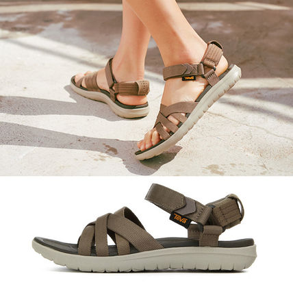 Open Toe Casual Style Sport Sandals Flat Sandals
