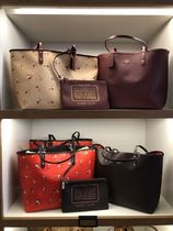 Coach Street Style Mothers Bags