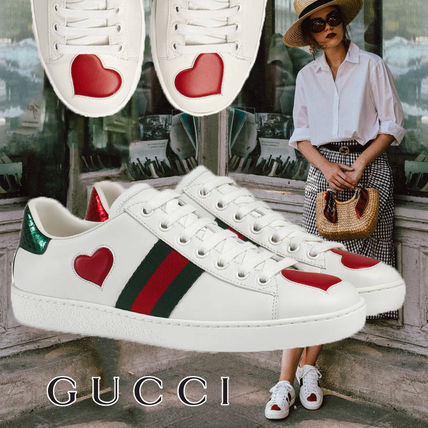 49ad575df81 ... GUCCI Low-Top Heart Rubber Sole Casual Style Leather Low-Top Sneakers  ...