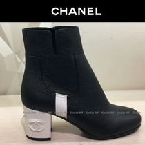 CHANEL Bi-color Plain Leather Block Heels Elegant Style