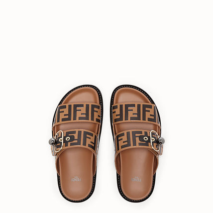 272faea9c08 FENDI Flat Monogram Casual Style Leather Flip Flops Flat Sandals 6 ...