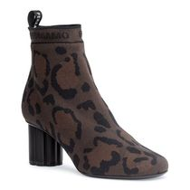 Salvatore Ferragamo Leopard Patterns Round Toe Other Animal Patterns Block Heels