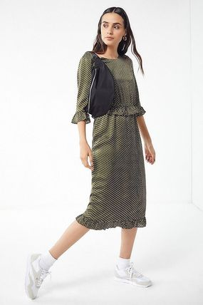Dots Casual Style Cropped Medium Dresses