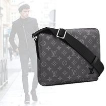 Louis Vuitton DISTRICT Monogram A4 PVC Clothing Messenger & Shoulder Bags