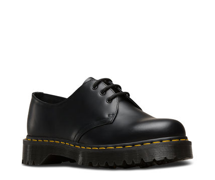 4c955268301 ... Dr Martens Loafers   Slip-ons Plain Toe Loafers Unisex Street Style  Plain Leather ...