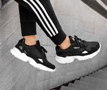adidas FALCON Casual Style Suede Street Style Bi-color Low-Top Sneakers
