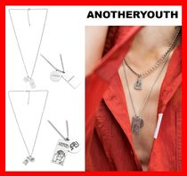 ANOTHERYOUTH Casual Style Unisex Street Style Necklaces & Pendants
