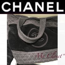 CHANEL ICON Monogram Unisex Street Style A4 Bi-color Oversized Totes