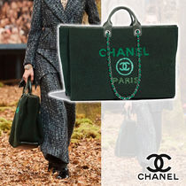 CHANEL Lambskin Blended Fabrics Street Style A4 2WAY Chain Plain