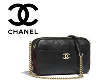CHANEL Street Style Plain Leather Elegant Style Shoulder Bags