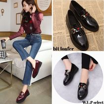 Plain Toe Casual Style Enamel Plain Loafer Pumps & Mules